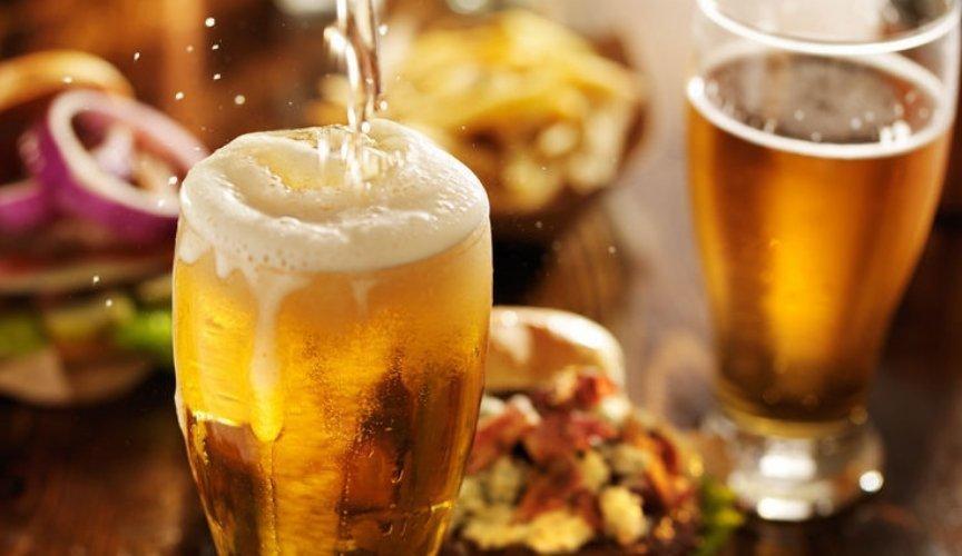 I migliori 5 trucchi con cui la pubblicità trasforma il cibo bell italia blog ingrosso prodotti italiani birra schiumosa